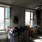 новости со стройки, начало работы, разведена электрика, крепится утеплитель к потолку.